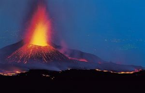 mount-etna-eruption-2011-video